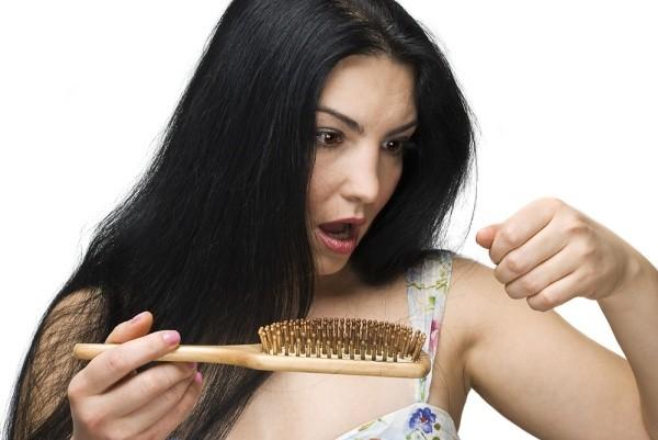 vypadavani-vlasu